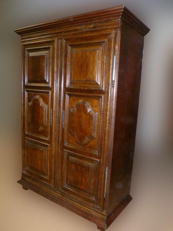 von 2 vorhandenen alten Türen zum geschmackvollen Stilmöbel